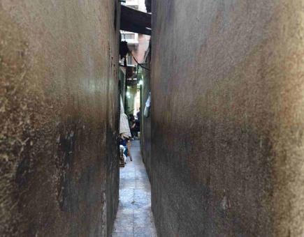 "<a class=""fancybox"" rel=""gallery-"" href=""http://passageways.clustermappinginitiative.org/sites/default/files/styles/largest/public/dsc_0342_01.jpg?itok=NTuz0X9P"" title=""The narrowest part of the passage is 60 cm wide."">Enlarge</a><br >2015, Apr 09<br>The narrowest part of the passage is 60 cm wide."